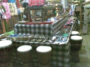 sovenir and pernak pernik ala2 Bali gitu deh,,,